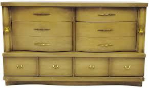 Vintage Bedroom Dresser Bedroom Bassett Furniture Dresser Idea Along With