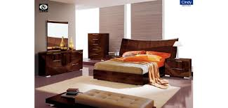 Lacquer Bedroom Set by Cindy Italian Bedroom Set In Brown Lacquer Finish