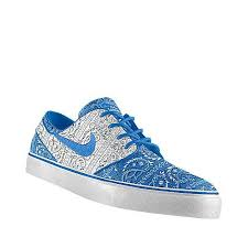 blue patterned shoes 8 best blue bandana images on pinterest bandanas bandeaus and