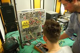 modular synth synthvibrations com