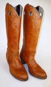 womens cowboy boots size 9 1 2 s vintage sold womens dingo cognac leather