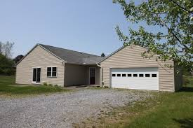 energy efficient 3 4th in basement ranch style home with solar