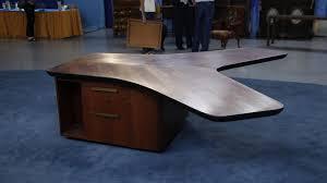 Modern Partners Desk 1950 Vladimir Kagan S Partners Desk Antiques Roadshow Pbs