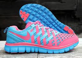 Sepatu Nike Running Wanita jual sepatu nike free run 5
