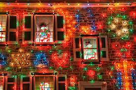 Christmas Lights House by Family Refuses To Remove Christmas Lights Neighbors Complain