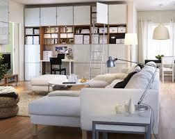 feng shui wohnzimmer einrichten feng shui wohnzimmer einrichten wandregal sofa weiss lesele
