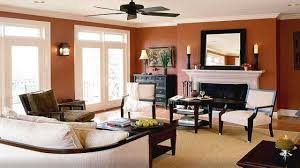 choosing paint color living room