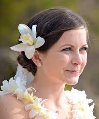 hair flowers wedding hair flowers and haku leis boutique weddings