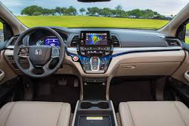 the 2018 honda odyssey could soon let you netflix and chill the