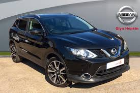 nissan qashqai nearly new used nissan qashqai automatic for sale motors co uk