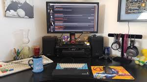 post pictures of your desk set ups