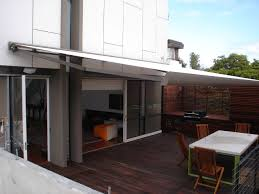 retractable outdoor sun shade solutions in brisbane perth melbourne