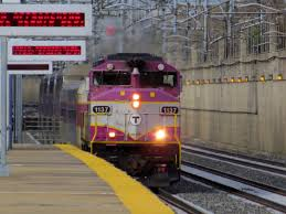 Commuter Rail by File Commuter Train Passing Forest Hills 1 Jpg Wikimedia Commons