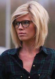 Frisuren Lange Haare Mit Brille by Frisuren Mit Schrägem Pony Und Brille Frisure Mode