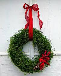 42 diy christmas wreaths how to make a holiday wreath