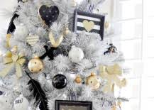 20 chic decorating ideas with a black gold and white