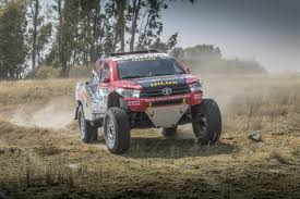 mitsubishi pajero dakar 2017 bfgoodrich tires announces return to the dakar rally as official