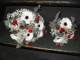 wedding flowers hull winter wedding flowers janet pattison the florist hull