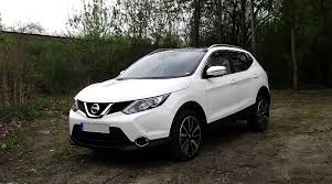 nissan qashqai 2015 interior what u0027s the best used suv for sale under 10 000 carsnip com