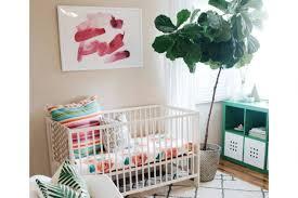 plante dans la chambre décorer la chambre de bébé avec des plantes page 5 loisirs