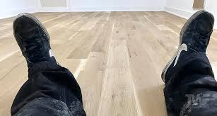 what color flooring looks with cabinets what color should i stain my wood floors
