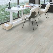 Quick Step Grey Laminate Flooring Quick Step Paso Light Grey Oak Effect Waterproof Luxury Vinyl