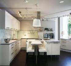 cuisine armoire brune déco deco cuisine armoire blanc 79 reims 02201720 une ahurissant