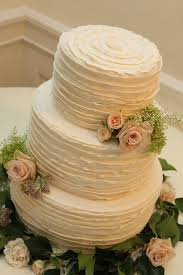 wedding cake buttercream ruffled buttercream wedding cakes search wedding cakes