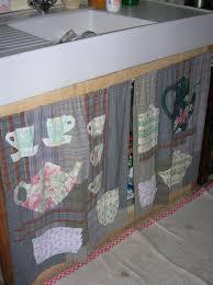 rideau sous evier cuisine sous l évier ma vie au fil et aux pinceaux