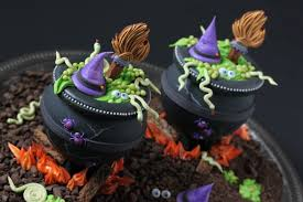 halloween cookie cake video release how to make 3 d cookie cauldrons julia usher