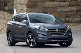 hyundai tucson or honda crv redesigned 2016 hyundai tucson priced lower than cr v escape