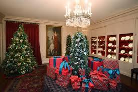 donald trump white house decor the white house shines for the holidays photos abc news
