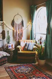 10 Interior Design Trends For Your Living Room In 2017 Vintage Rugs Samarkand Rugs And All You Need To Know About Them