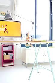 mon bureau com ikea bureau travail cool vert cerise mon bureau de blogueuse ika