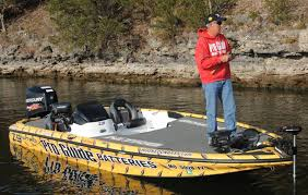 table rock lake fishing report pete wenners visits lew s corporate office