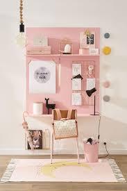 decoration chambre fille déco chambre de fille meubles et accessires pleins de tendresse