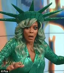 Wendy Williams Memes - wendy williams says her tv crew thought fainting was fake daily