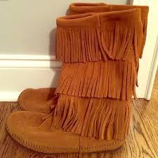 womens fringe boots size 9 42 minnetonka boots minnetonka light brown fringe boots