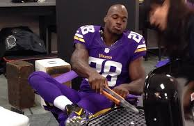 Adrian Peterson Memes - adrian peterson spanks son with switch felony child injury
