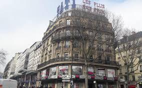 magasin mariage barbes tati à barbès la fin d un mythe le parisien