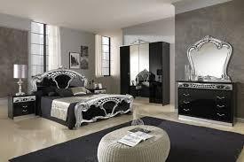 decoration maison chambre coucher chambre style baroque luxueuse et pleine de caractère