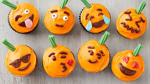 Halloween Themed Cake Pops by Halloween Recipes Bettycrocker Com