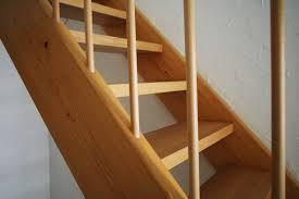 treppe nachtrã glich einbauen gefahren entfernen kindersicherung für treppen
