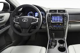 toyota hybrid camry 2015 toyota camry hybrid car review autotrader