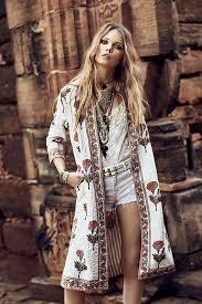 bohemian fashion boho look bohemian hippie chic bohème vibe fashion