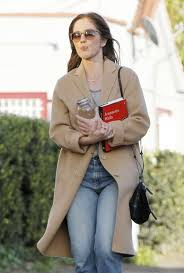 minka kelly leaves a nail salon in west hollywood