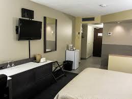 chambre avec bain gatineau hotel auberge de la gare gatineau hull ottawa
