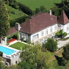 swissfineproperties offers la tour de peilz offers luxury and swissfineproperties offers la croix lutry offers luxury and