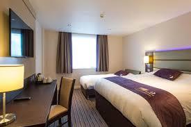 Premier Inn Oldham UK Bookingcom - Family room at premier inn