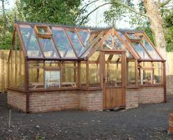 How To Build A Shed Base Out Of Wood by Best 25 Small Greenhouse Ideas On Pinterest Diy Greenhouse